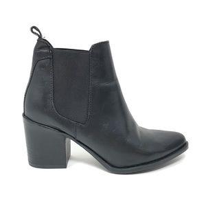 Steve Madden Sz 7.5 Pistol Ankle Boots Black